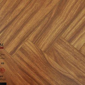 Sàn gỗ công nghiệp Charmwood xương cá 12mm C03