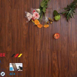 Sàn gỗ công nghiệp Moser MC136 8mm