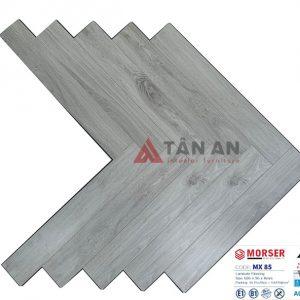 Sàn gỗ công nghiệp hèm khóa xương cá 8mm Moser MX85